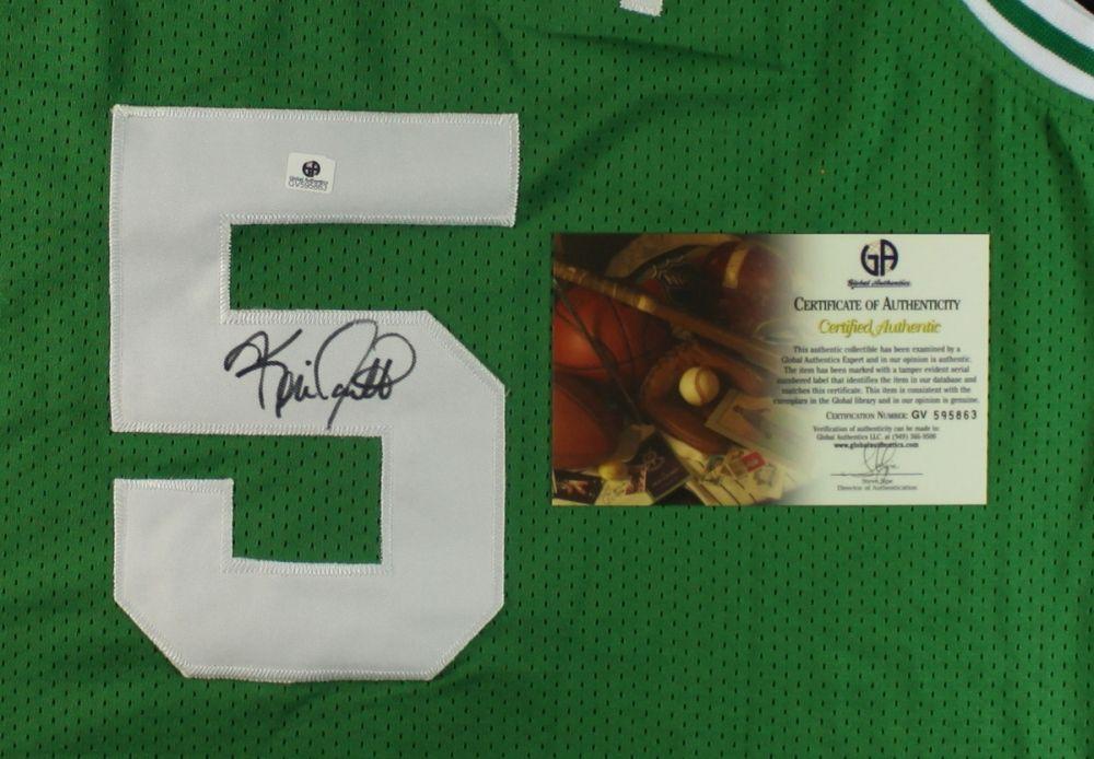 best sneakers fd050 3de71 Kevin Garnett Signed Celtics Jersey (GA COA)