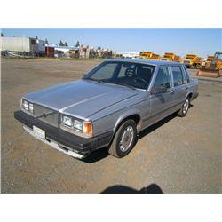 1988 Volvo 740 GLE Sedan
