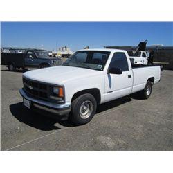1997 Chevrolet 1500 Cheyenne Pickup Truck