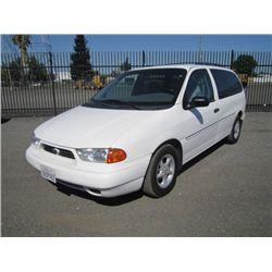 1998 Ford Windstar GL Minivan