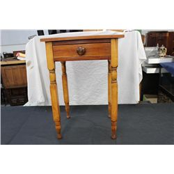 EARLY CHERRY 1 DRAWER STAND W/ N.Y. LEGS