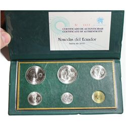 Ecuador, 2000 Uncirculated mint set (in original Central Bank wallet) of copper-nickel 1 sucre, 50 c
