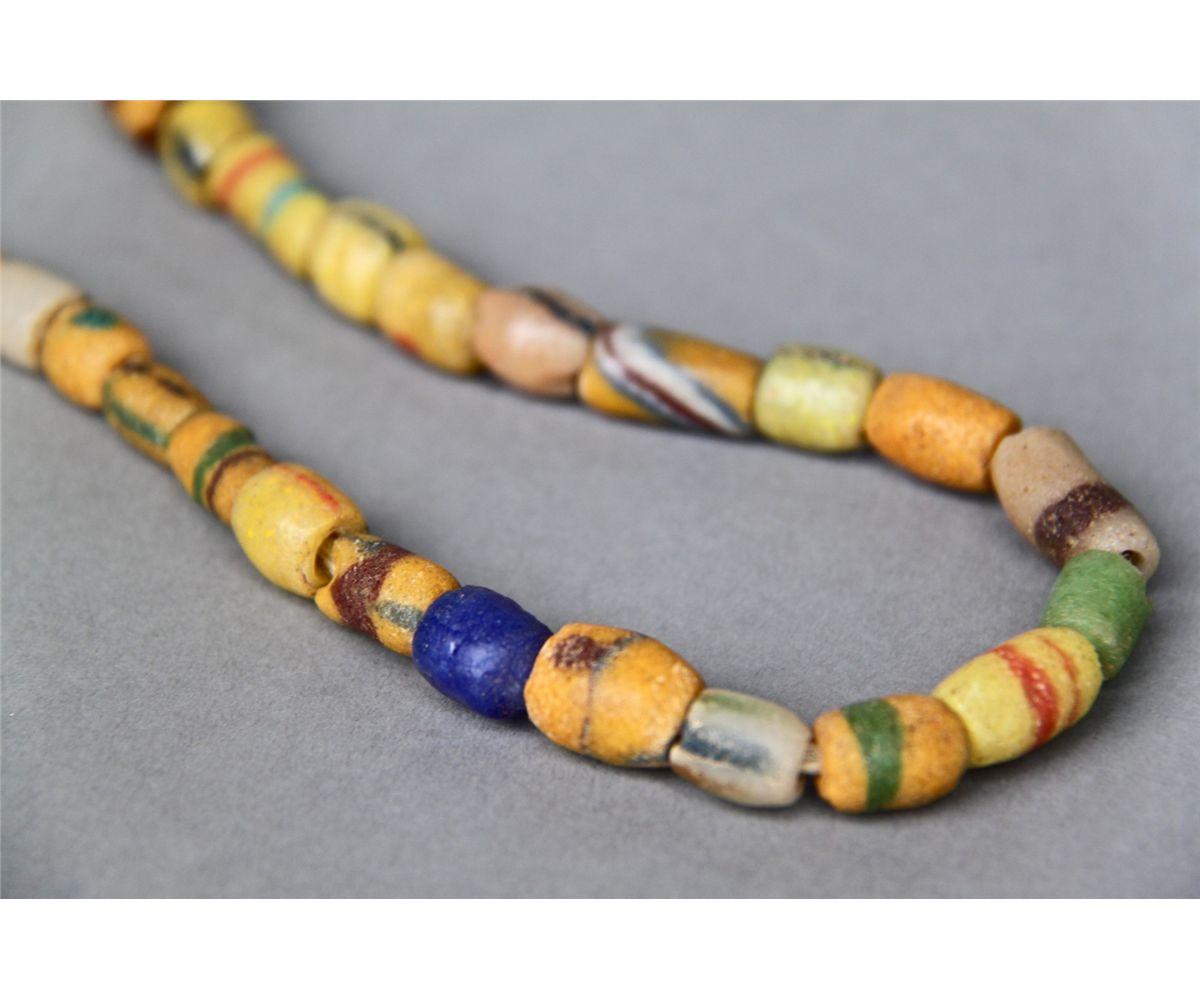 Antique Native American Indian Trade Bead Necklace Multi Color Y