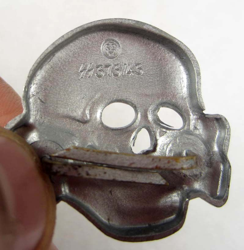 PAIR OF GERMAN NAZI WAFFEN SS OFFICERS VISOR CAP SKULL AND EAGLE BADGES
