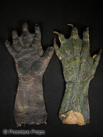 Buffy the Vampire Slayer Demon Hands