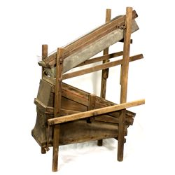 Mining Dry Washer  - , -  - 2012aug - Mining Hard goods/Important Mining Publications