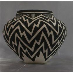Native American Acoma Pottery~Catherine Victorino