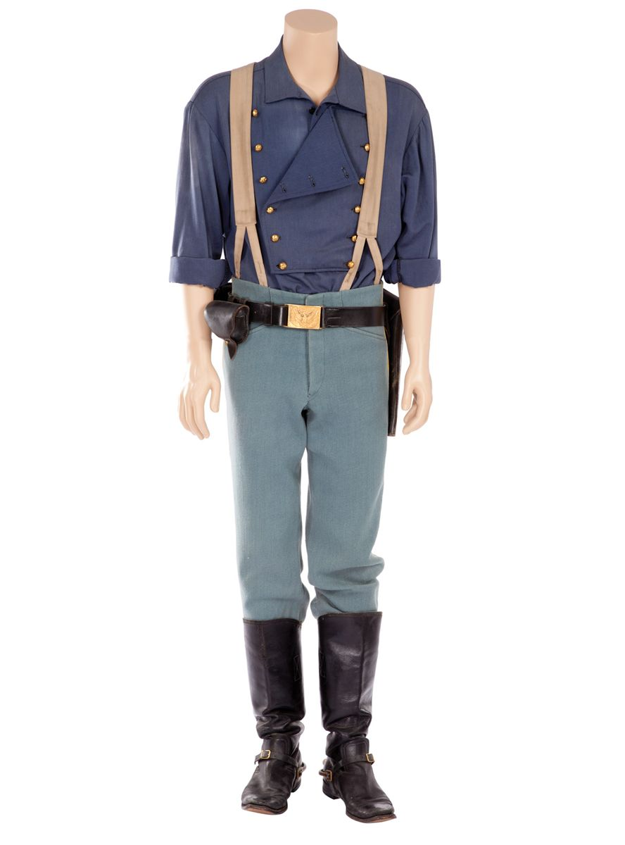 """74e49a04f55 KEVIN COSTNER """"LIEUTENANT JOHN DUNBAR"""" COSTUME FROM DANCES WITH WOLVES."""