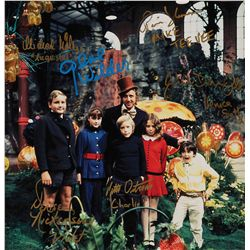 PHOTO SIGNED BY GENE WILDER & THE 5 CHILDREN OF THE CAST OF WILLY WONKA & THE CHOCOLATE FACTORY