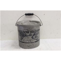MEADOW BROOK MINNOW BUCKET