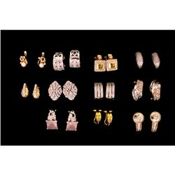 EARRINGS: Lot assorted lady's earrings