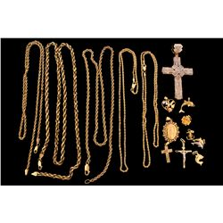 JEWELRY:  Lot assorted gold chains and pendants
