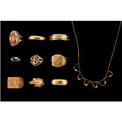 JEWELRY: Lot assorted gold rings and chain