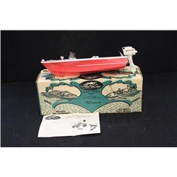 """FLEET LINE BATTERY BOAT - W/ ORIG. BOX & MOTOR - 14"""""""