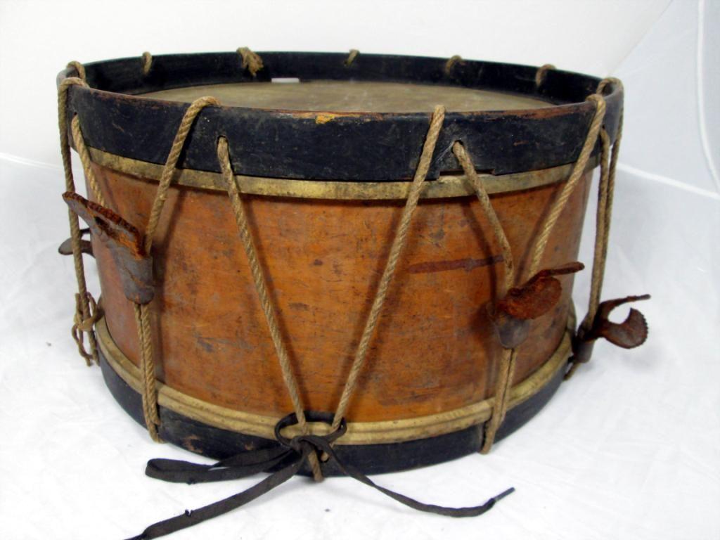 Antique Snare Drum With 6 Drum Sticks
