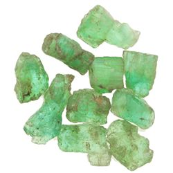 Lot of 10 natural emeralds of 2-3 carats each.