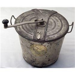 No. 4 Universal Bread Maker CT - New Britain, - 1904 -