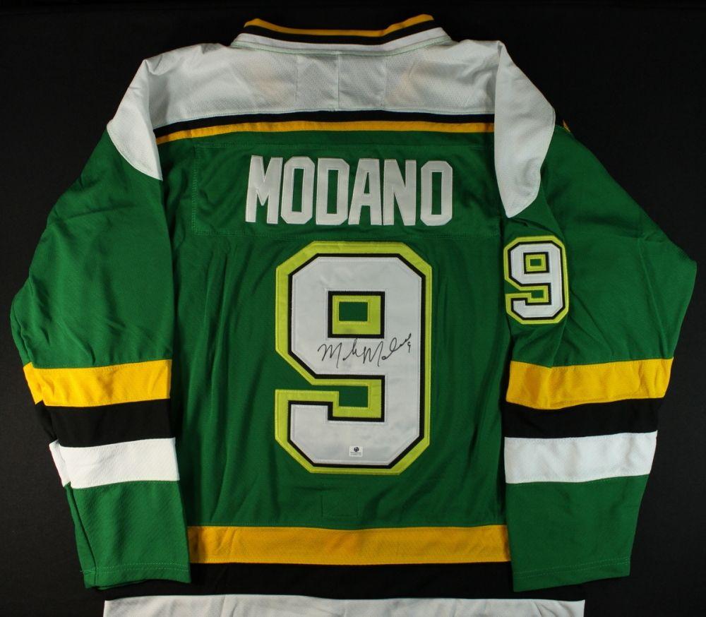 best sneakers 482cd 9f433 Mike Modano Signed North Stars Jersey (GA COA)