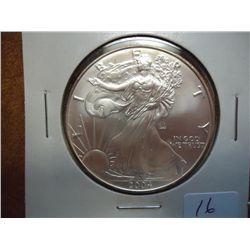 2004 AMERICAN SILVER EAGLE (UNC)