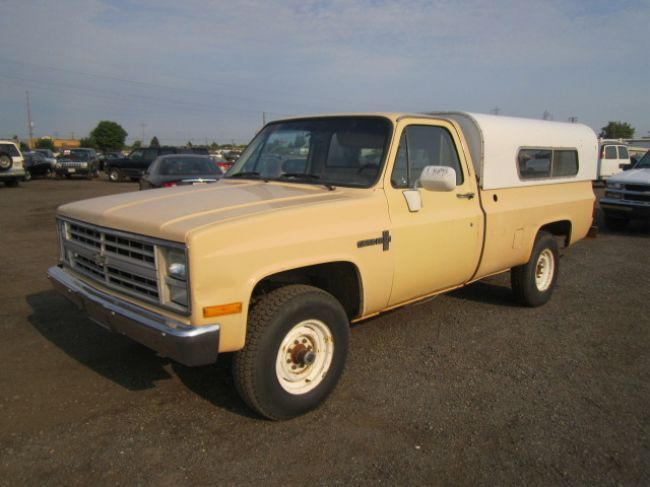 1986 chevy truck custom deluxe