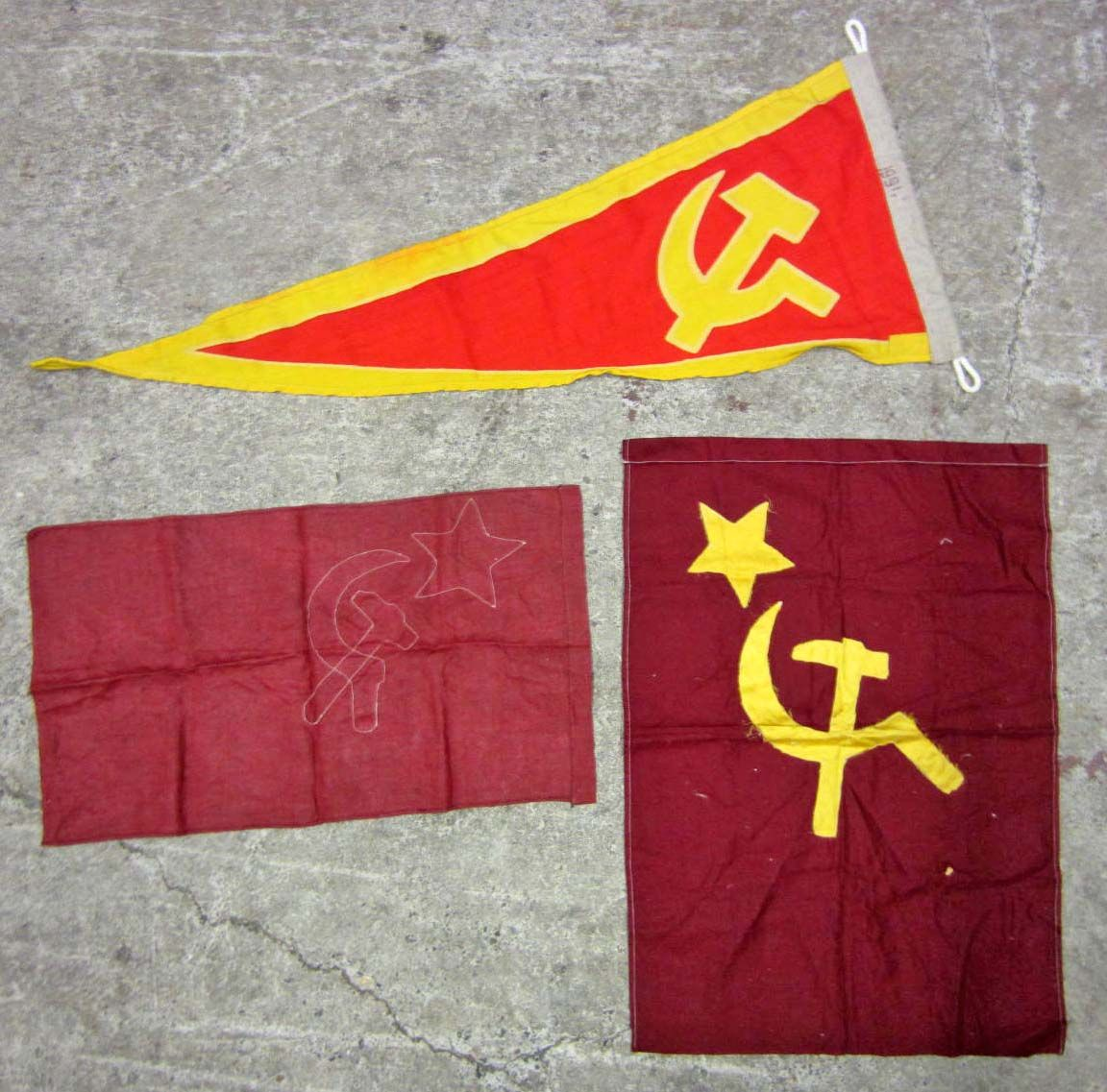 LOT OF 3 SOVIET RUSSIAN MILITARY HAMMER CYCLE AND STAR BATTLE FLAGS