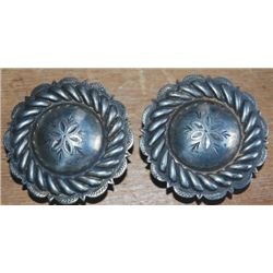Keyston Bros.s 2: silver rope edge conchos
