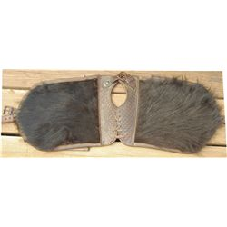 Angora pommel bags with holster