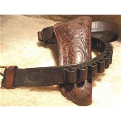 Miles City Saddlery tooled gun rig