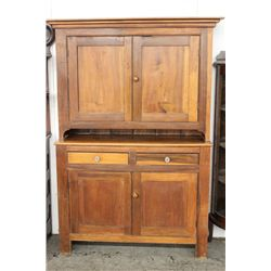STEP BACK DOUBLE DOOR CABINET W/ SANDWICH GLASS KNOBS