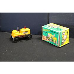 CLIMBING TRACTOR BY MARX - IN ORIG BOX - WORKS & MINT - KEY WIND - 7.5'