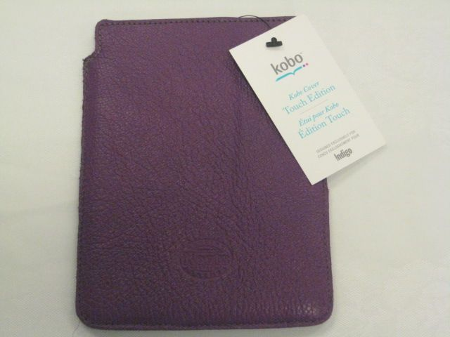 Kobo eReader with mauve cover PLUS $15 gift card