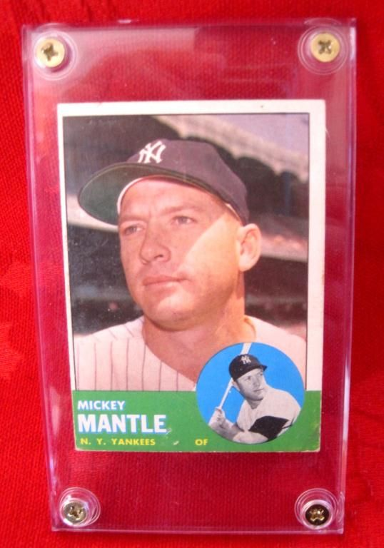 1963 Topps 200 Mickey Mantle Baseball Card