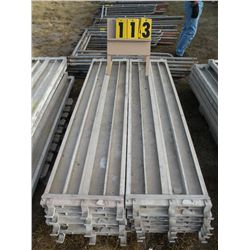 Pallet of 10 aluminum scaffold planks