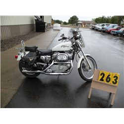 2000 Harley Davidson Sportster 1HD4CJM15YK129853