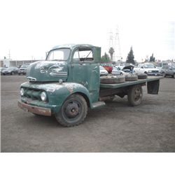1951 Ford F5 S/A Flatbed Snub Nose Dump Truck
