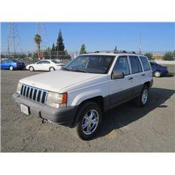 1996 Jeep Grand Cherokee Laredo 4x4 SUV
