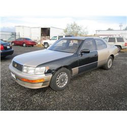 1992 Lexus 4 Door Sedan