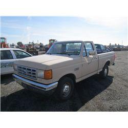 1991 Ford F150 Custom Pickup Truck