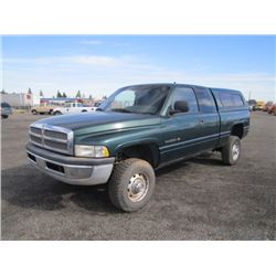 2000 Dodge Ram 2500 4x4 XtraCab Pickup Truck