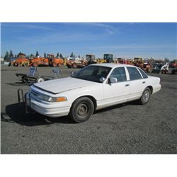 1996 Ford Crown Victoria Sedan
