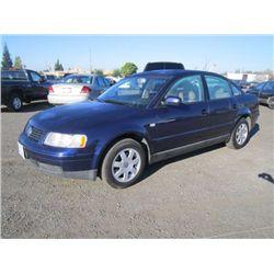 2000 Volkswagen Passat Sedan