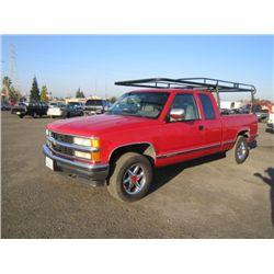 1994 Chevrolet Silverado 1500 4x4 Pickup Truck