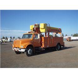 1992 International 4900 S/A Utility Boom Truck