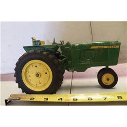 "John Deere Green Tractor Metal approx. 9"" x 4.5bH"