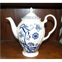 """Porcelain Blue Nordic Coffee Pot approx. 10"""" x H11""""  no chips or cracks"""