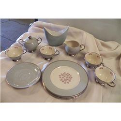 Gray With Pink Flowers Tea Set (4) 4dessert plates, 4 cups& saucers,  Creamer & Sugar with lid, 1- v