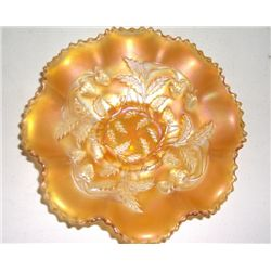 "Vintage marigold Candy Dish Strawberry & Leafs approx. 8"" x 8"""