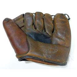 VINTAGE BASEBALL GLOVE, JC HIGGINS MODEL #1615