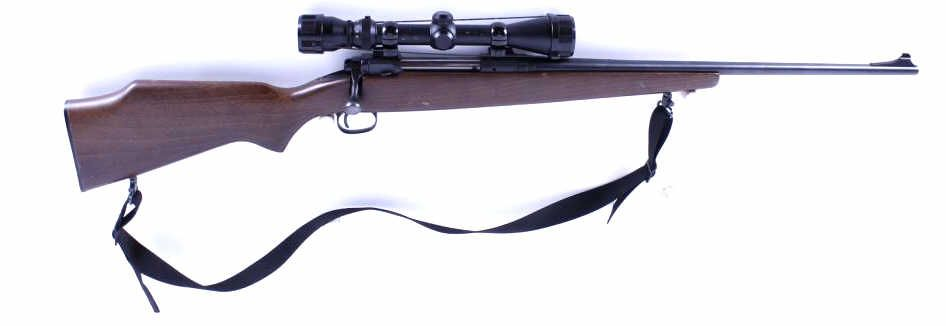 Savage Mdl 110 Cal  30-06 SN:E986845Bolt action blind box