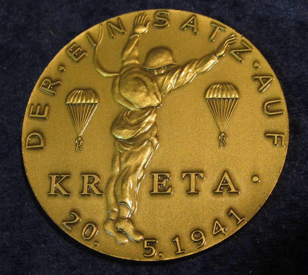 1575  Large German Nazi Medal  Der Einsatz Auf Kreta 20-5-1941